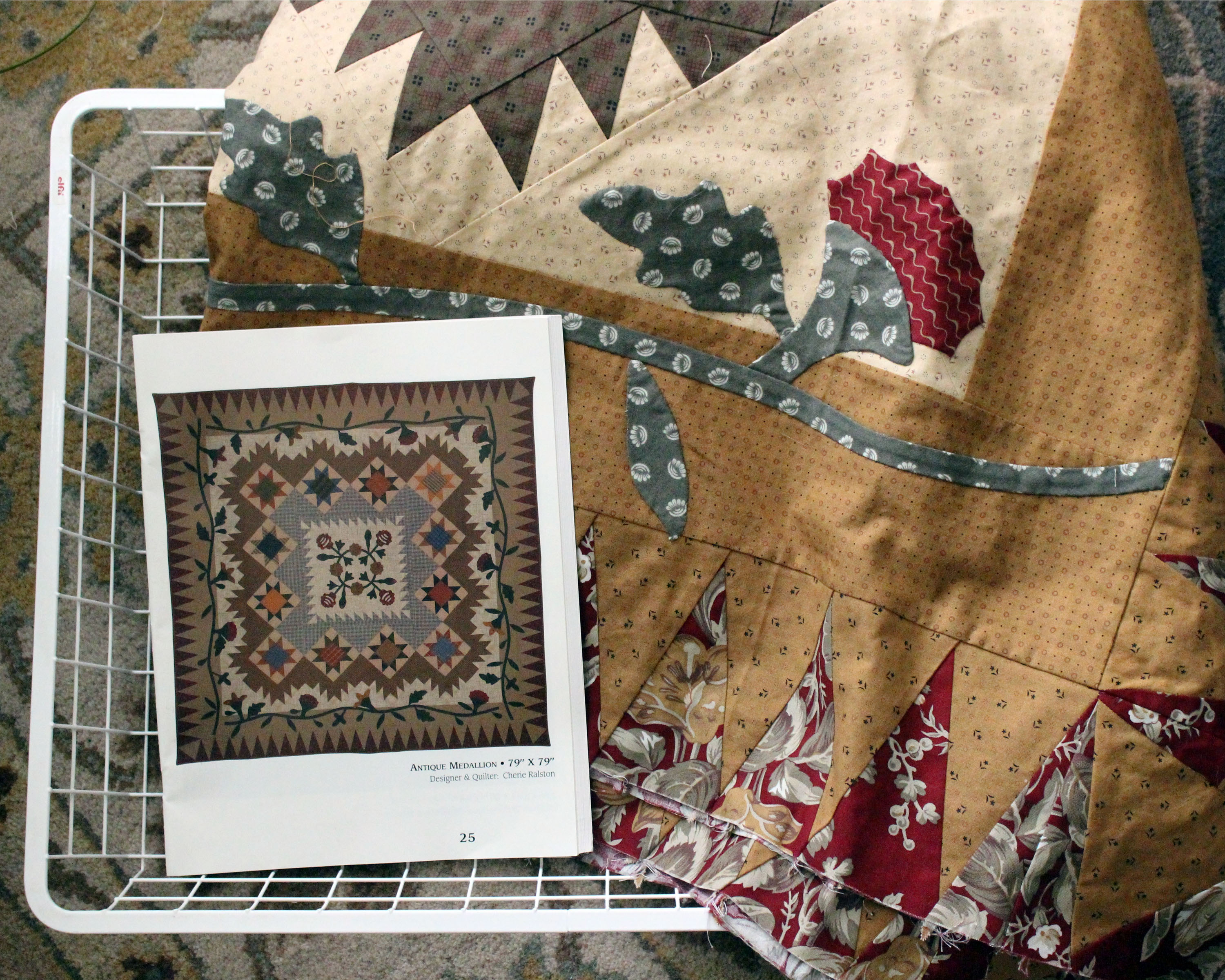 Floral quilt applique pattern shwin and shwin