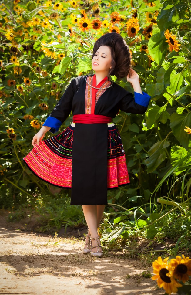 IMG_3130-664x1024 Hmong Outfit Series :: Hmong Leng Lai Chau/Dien Bien Hmong Outfit Series