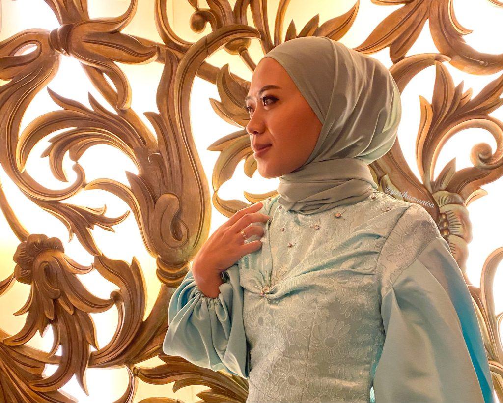 hijabi gown