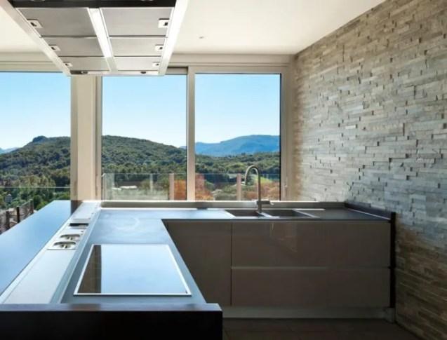 Rivestimento cucina in pietra