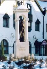 Szent Borbála szobor Tatabányán