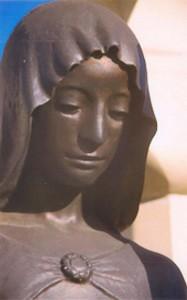 Szent Borbála szobor részlet