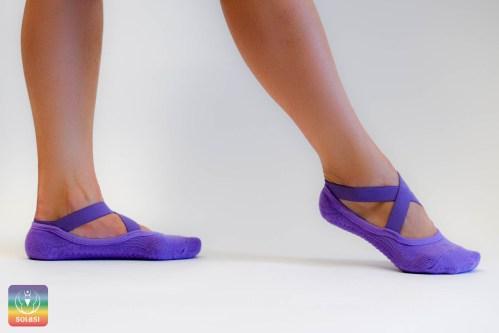 nedrseče nogavice, joga, pilates,vijolične nogavice