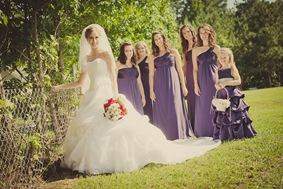 brides wedding party in Mechanicsville MD