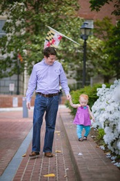 Toddler and family at the Annapolis State House in Maryland