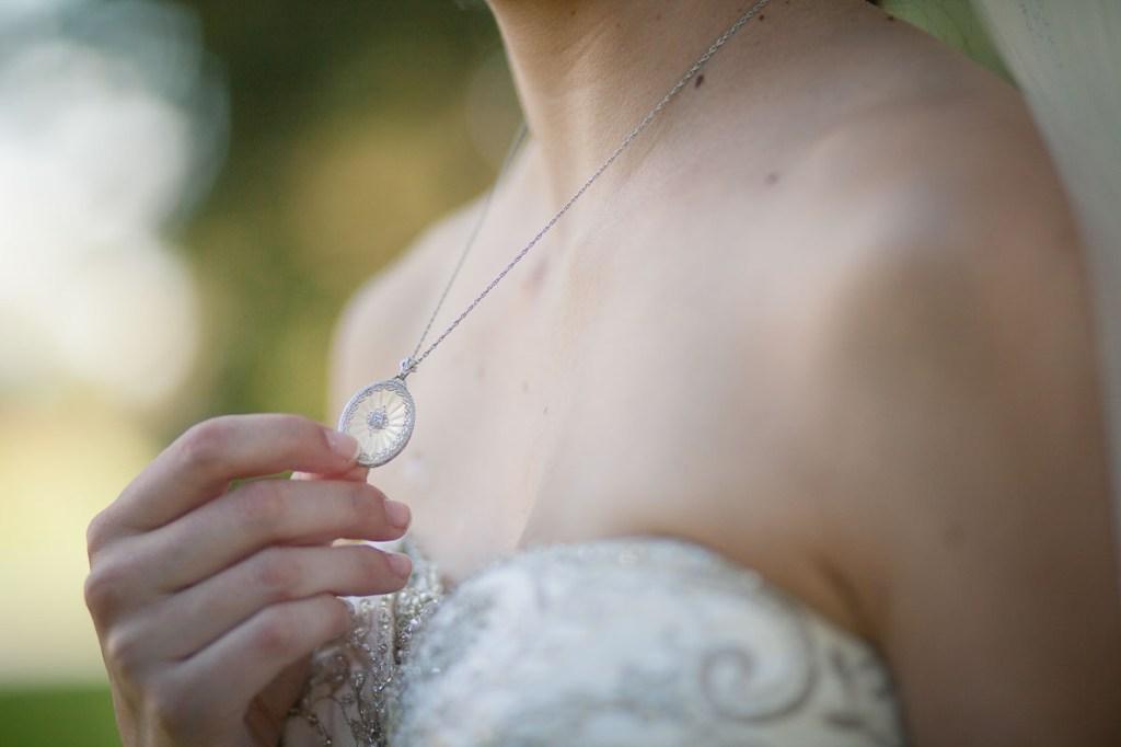 vintage-locket-necklace