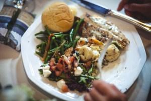 wedding-food-self-plated