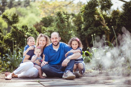 family portraits by petruzzo photography at the glenview mansion 04
