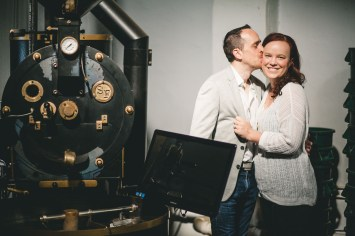 Coffee and murals engagement session in Annapolis petruzzo photography 02