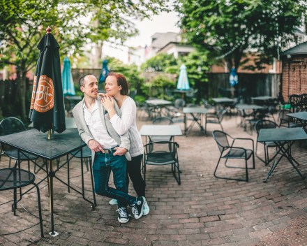Coffee and murals engagement session in Annapolis petruzzo photography 23