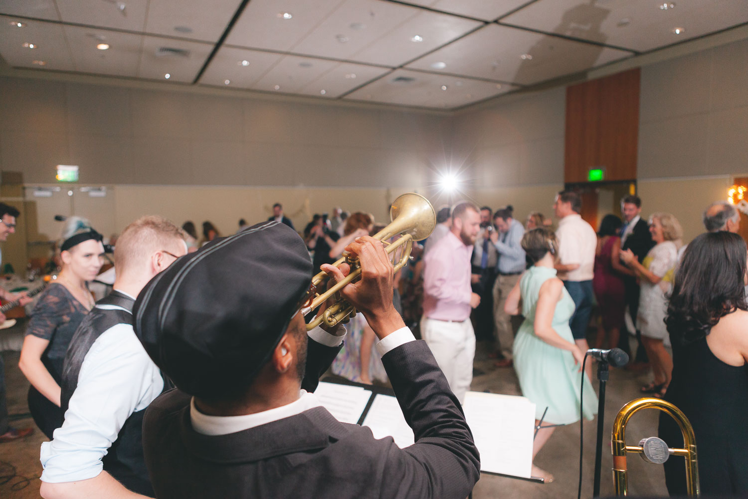 musical wedding at cylburn arboretum petruzzo photography 36