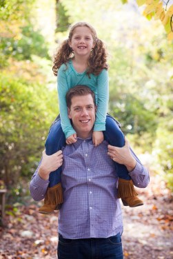 petruzzo-photography-family-in-the-forest-bethesda-14