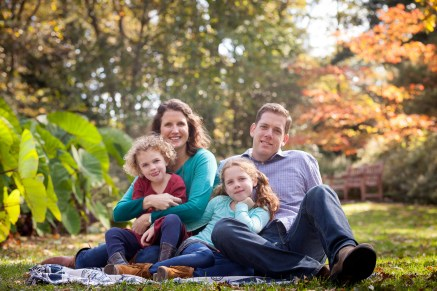 petruzzo-photography-family-in-the-forest-bethesda-15