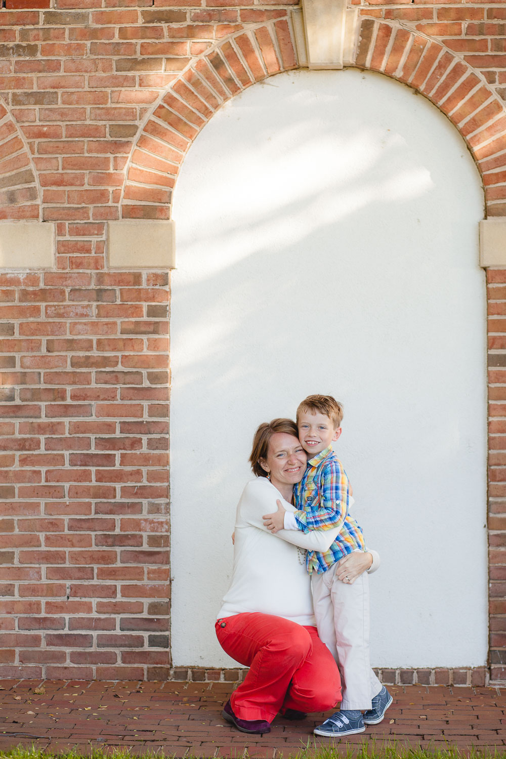 petruzzo-photography-family-at-windmill-hill-park-in-old-town-alexandria-09