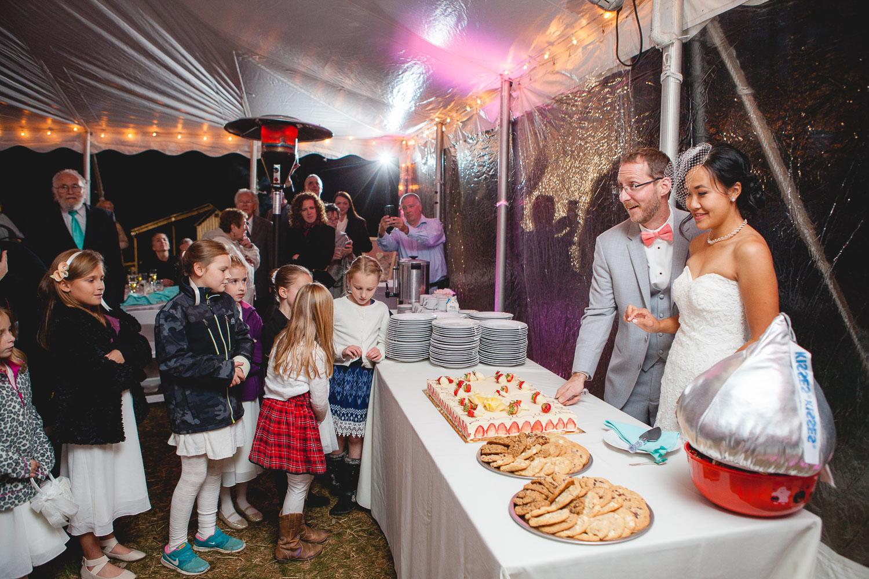 backyard-wedding-with-natures-help-14
