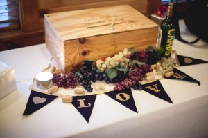 Bright Wedding On a Dreary Day at Linganor Wines 20