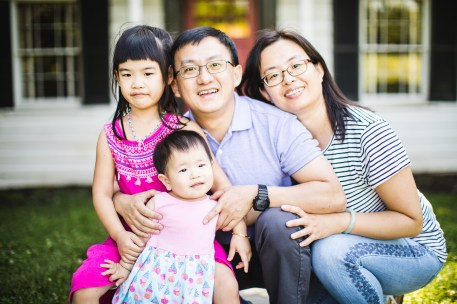 Delightful Family Portraits at the Glenview Mansion in Rockville 14