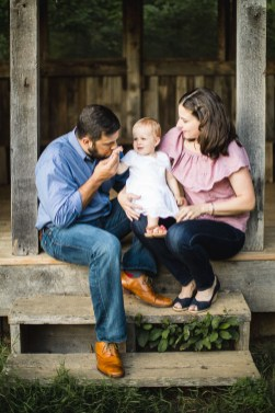 A Multi-Family Portrait Session at Irvine Nature Center in Owings Mills 37