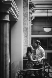 An Engagement Session Through the Halls of the National Portraits Gallery 02