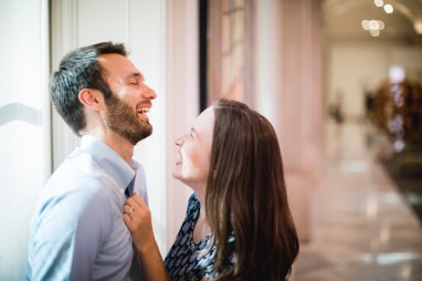 An Engagement Session Through the Halls of the National Portraits Gallery 18