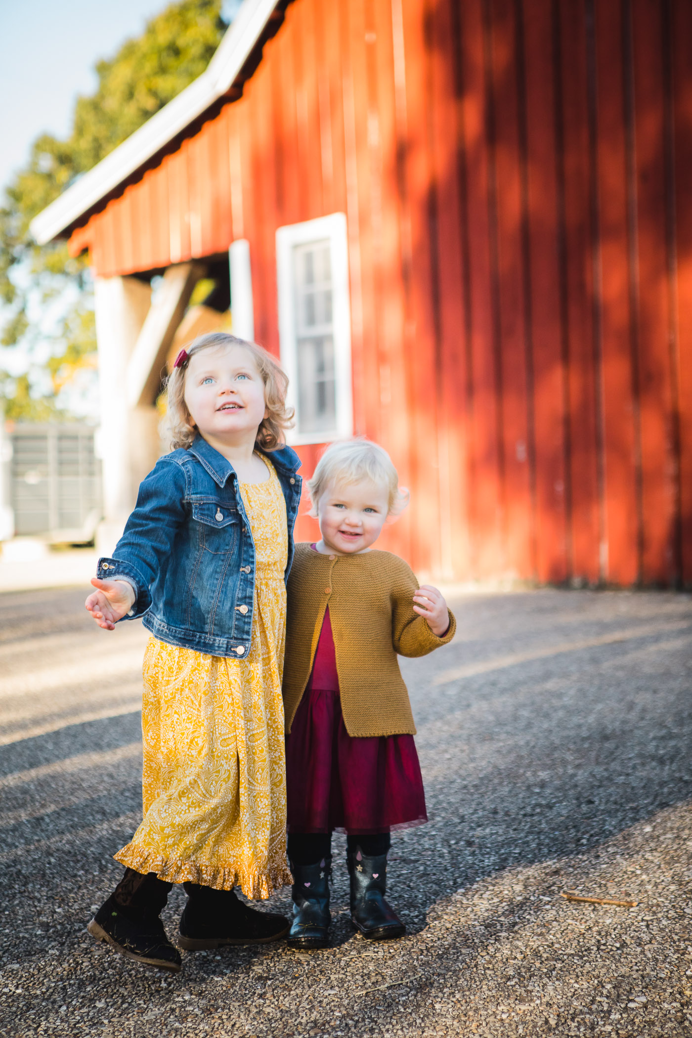 A Colorful Two-Part Autumn Family Session from Felipe 13