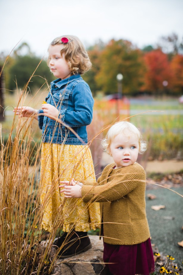 A Colorful Two-Part Autumn Family Session from Felipe 31