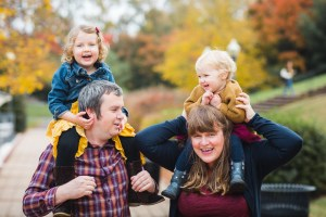 A Colorful Two-Part Autumn Family Session from Felipe 34