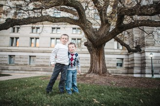 A Family Portrait at The National Portrait Gallery & The Supreme Court Grounds 23