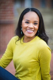 A Quick Hassle-Free Headshot Session in Annapolis 09
