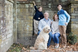 Felipe Returns to the Glenview Mansion for a Catch Up Session With This Beautiful Family 09