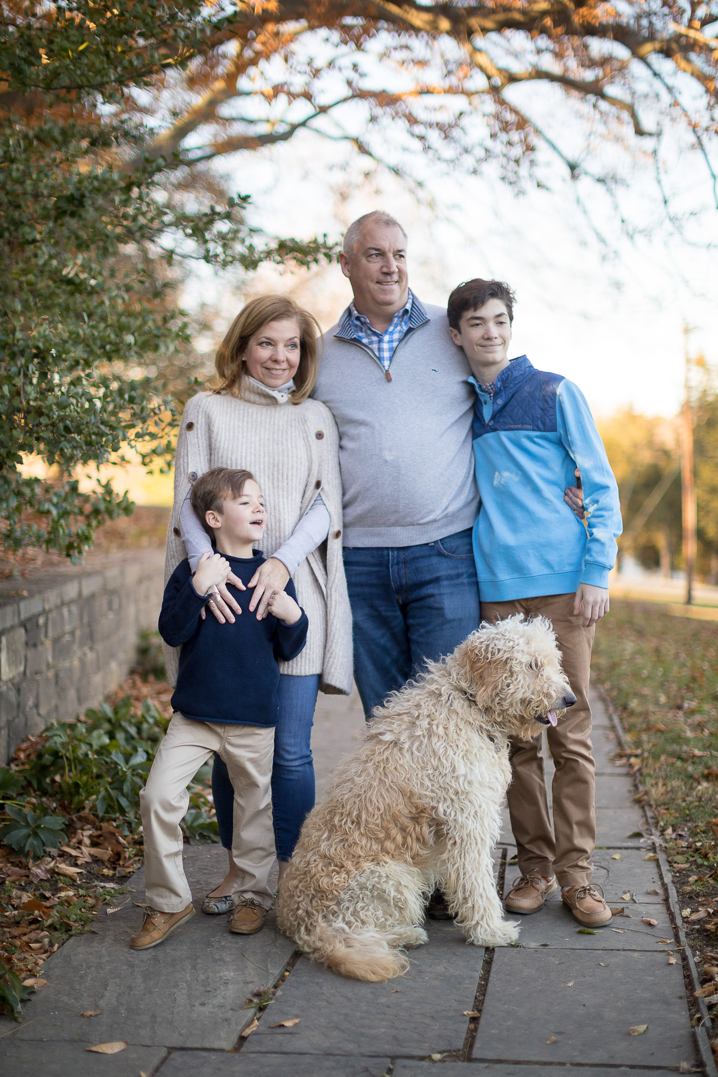 Felipe Returns to the Glenview Mansion for a Catch Up Session With This Beautiful Family 10