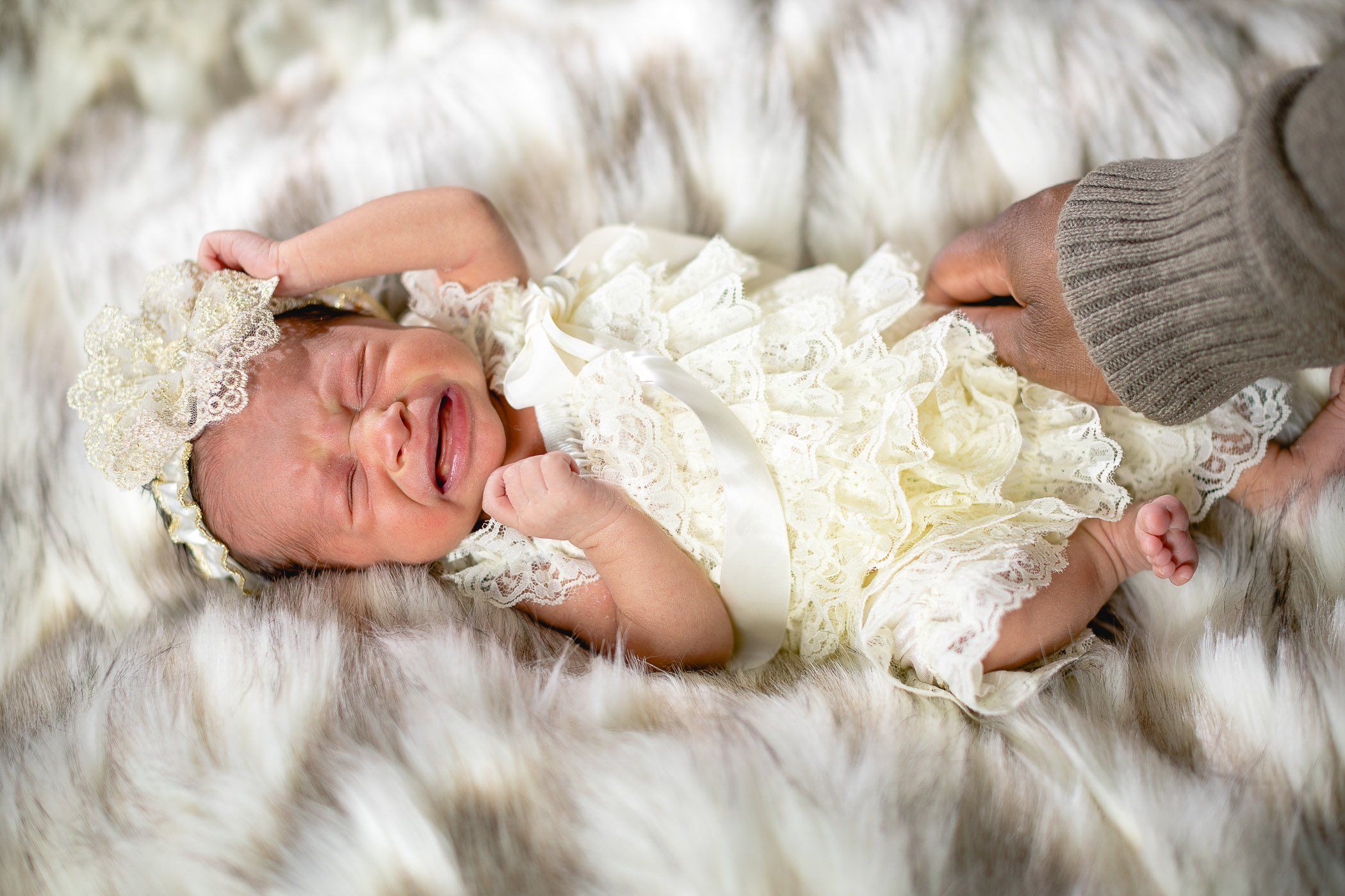 A Portrait Session for the Most Adorable New Member of the Family 14