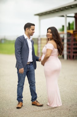 A Beautiful Maternity Session from Felipe at Kinder Farm Park 04