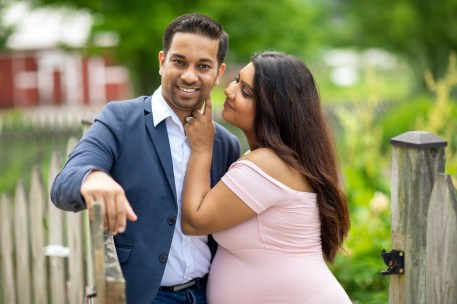 A Beautiful Maternity Session from Felipe at Kinder Farm Park 11