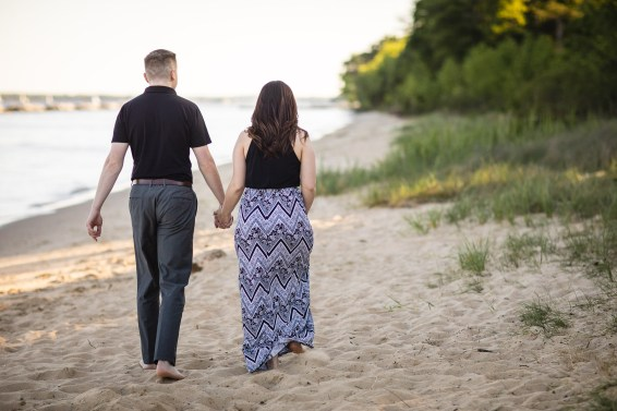 This Couple Just Got Married, Check Out Their Beach Engagement Photos 01