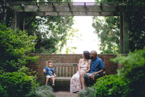 A Family Portrait Session in the Garden with Felipe 18