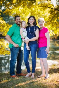 An Extended Family Portrait Session at the Garrison School 12