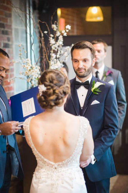 An Intimate September Wedding at The Loft at 600F & The National Portrait Gallery 53