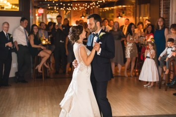 An Intimate September Wedding at The Loft at 600F & The National Portrait Gallery 89