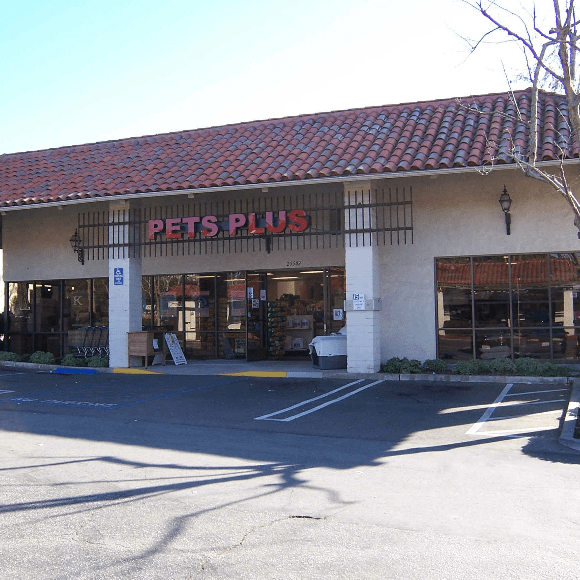 Storefront of Pets Plus Mission Viejo, CA.