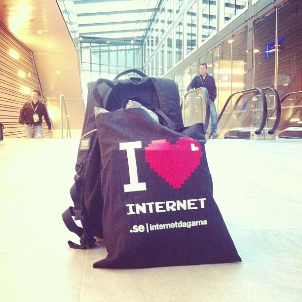 I <3 internet
