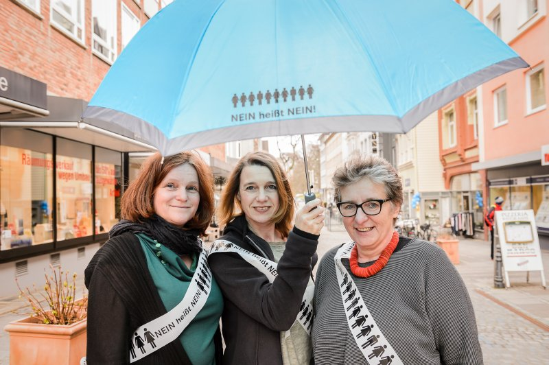 Andrea Langmaack, Angela Hartmann und Ursula Schele vom Frauennotruf (v. li.). Quelle: Frank Peter