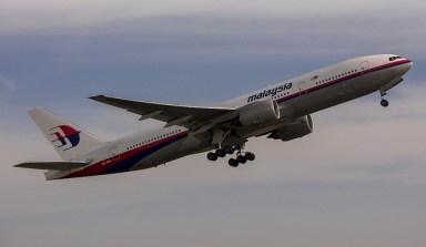 Un Boeing 777-200 ER de Malaysia Airlines décollant d'Amsterdam