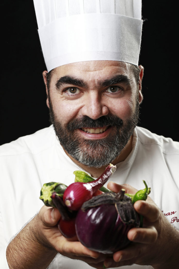 Ivan-Poletti-chef_ph-Ca-Shin-696x1044