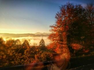 Mit dem Zug im Herbst durchs Chiemgau