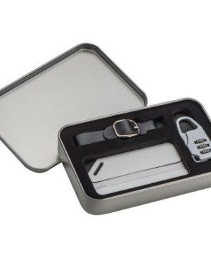 Travel set with TSA lock and luggage tag