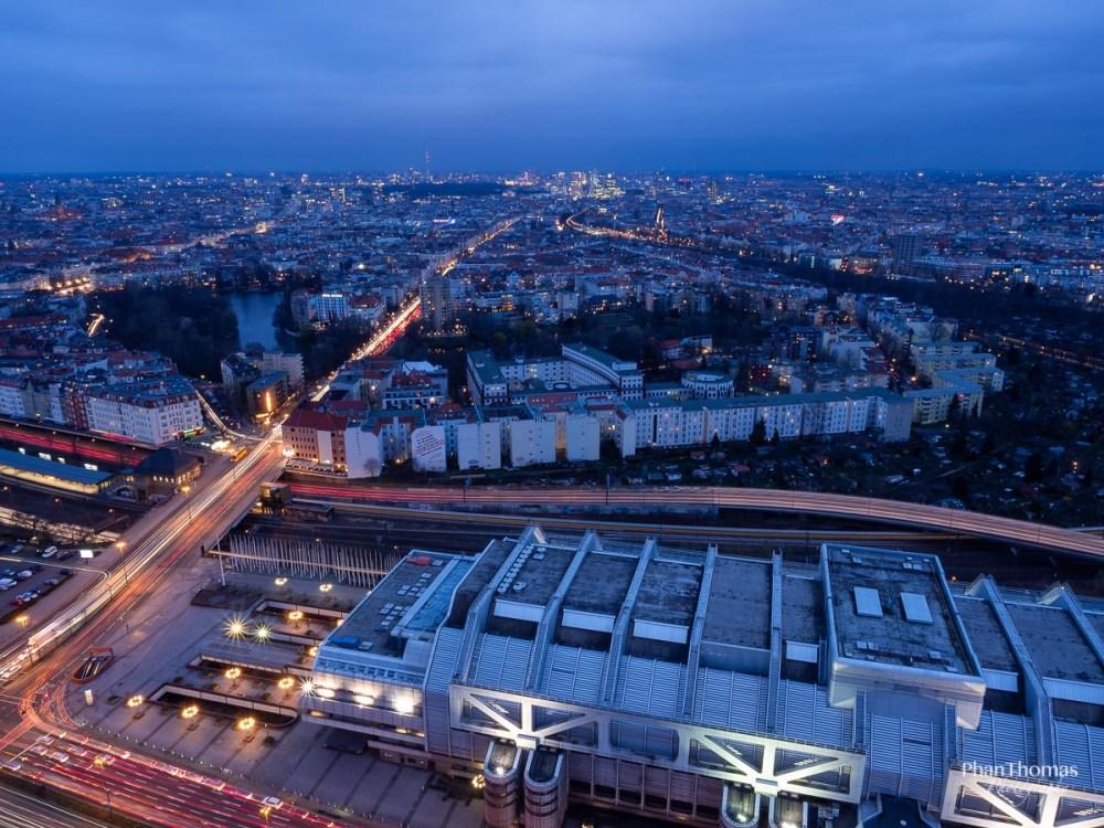 Berliner Funkturm: Berlin am Abend