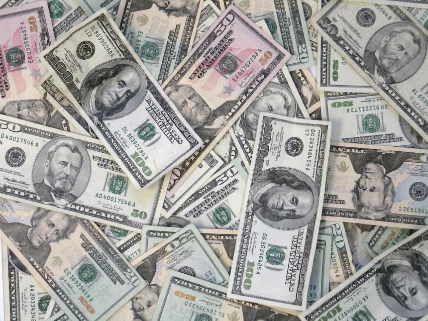 how much money pharmacist make