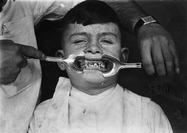 photo ancienne dentiste