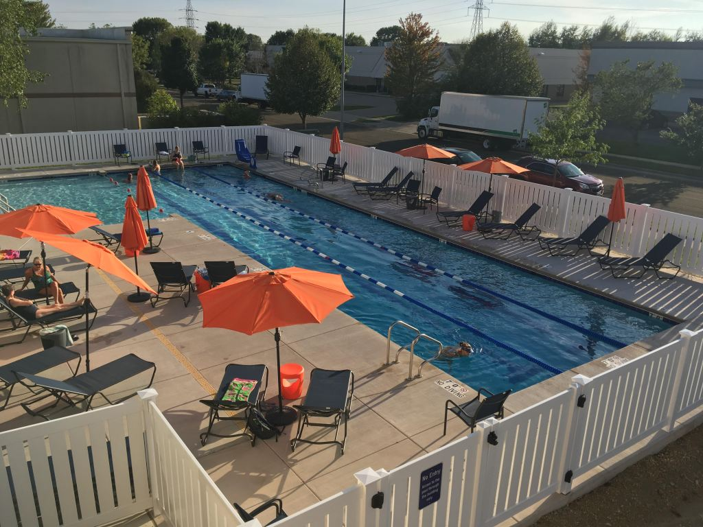 Pinnacle's outdoor pool located in Fitchburg, WI